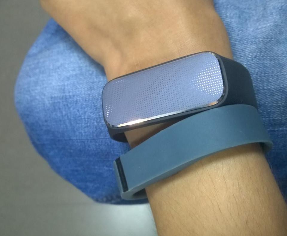 fitbit flex VS 37度手环